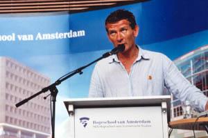 http://www.clubofamsterdam.com/contentsummit2006/pictures/jan%20karel%20kleijn%20300x200.jpg