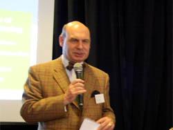 http://www.clubofamsterdam.com/contentimages/87%20Urban%20Gardening/urbangardening04.jpg
